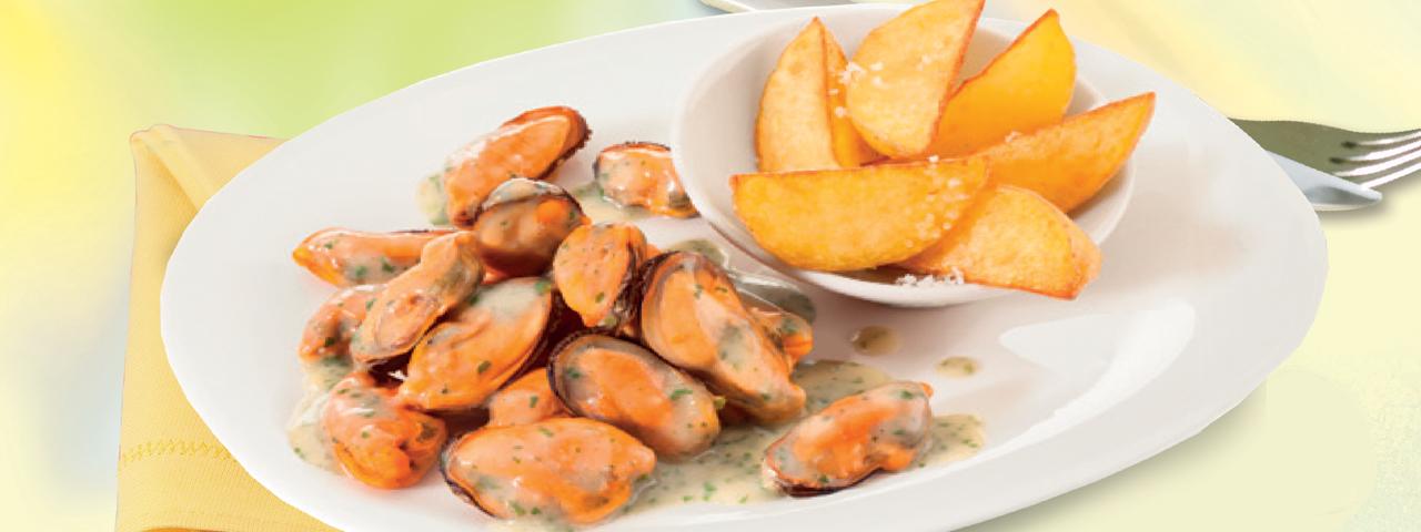 Gourmet Muscheln mit knusprigen Kartoffelspalten